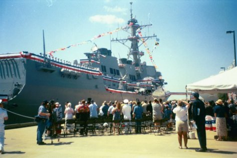 USS Lassen Commissioning in Tampa (2001)