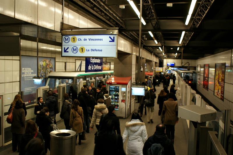 Two MP 05 automated trains at station Esplanade de la Defense, Line 1. Photo Credit: Minato.