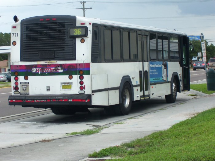 Gillig Phantom bus on layover by Britton Plaza. Credit: HARTride 2012.